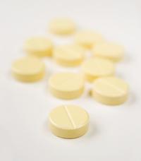 Yellow Pills, close-up