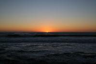 SUN SETTING SEA POINT CAPE TOWN