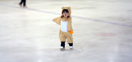 little lion skating
