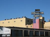 Ferrara Pan w/ US Flag