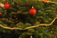 Christmas tree globe 2