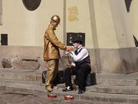 Statue and Chaplin
