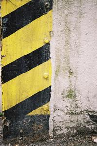 Black and yellow corner