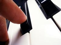Keys and finger 4