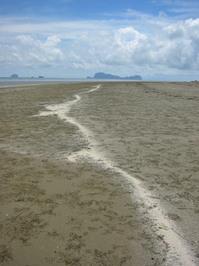 sukhorn beach