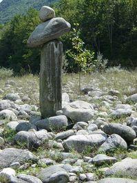 stone-men 1