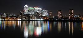 canary wharf by night 2