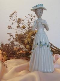 porcelaine figurine 3