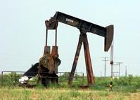 Pumping Oil2