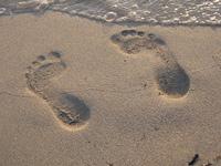 feets in sand - empreinte