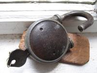 old lock & key 2