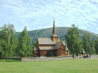 Lom Stavkirke