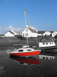 Boat, black & white