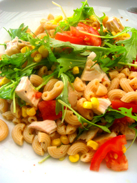 Macaroni w/ salad