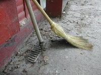 broom & rake