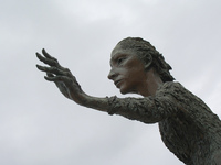 La Madre del Emigrante 3