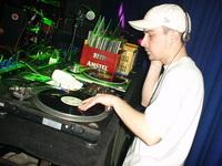 DJ Zefil