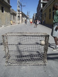 Futbol als carrers de l'Havana