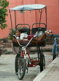 Child in Camaguey (Cuba)