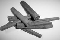 cinnamon sticks 1