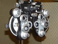 Eye Examiner 1