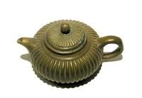 little bronze teapot 4