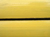 wood_yellow_bench 2