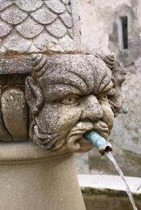 Devil fountain in Seguret