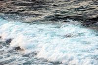 Waves, Australia