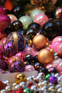 xmas tree balls