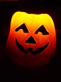 Halloween pumpkin smiling 1