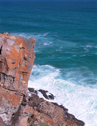 Cliff over Indian Ocean