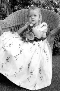 Noivinha - Little Bride - by Fernando Weberich