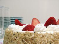 bolo e brigadeiros (strawberry)