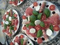 Prosciutto caprese salad 3