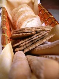 Macro Bread Basket