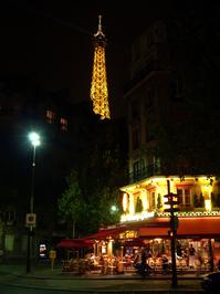 parisan cafe at night