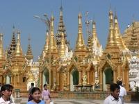 Scenes from Swedagon Padoda