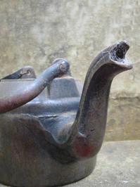old teakettle of iron 3