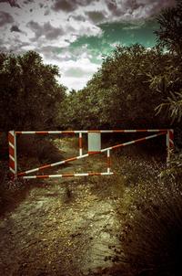 do not trespass