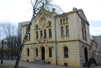 Nozyk Synagogue in Warsaw