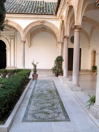 cloister :: drawing with stones
