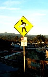 surfer_crossing