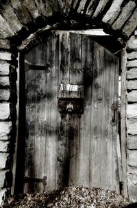 cemetary doorway