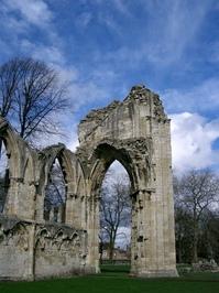 church ruins 1
