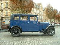 Vintage Car in Ypres Square 1