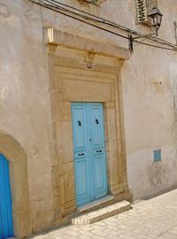A door in medina