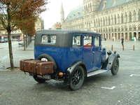 Vintage Car in Ypres Square 2