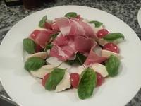 Prosciutto caprese salad 1