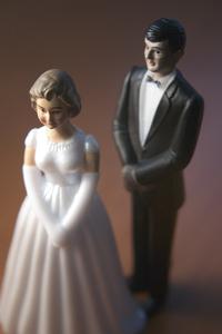 Bride and Groom Figurines 2